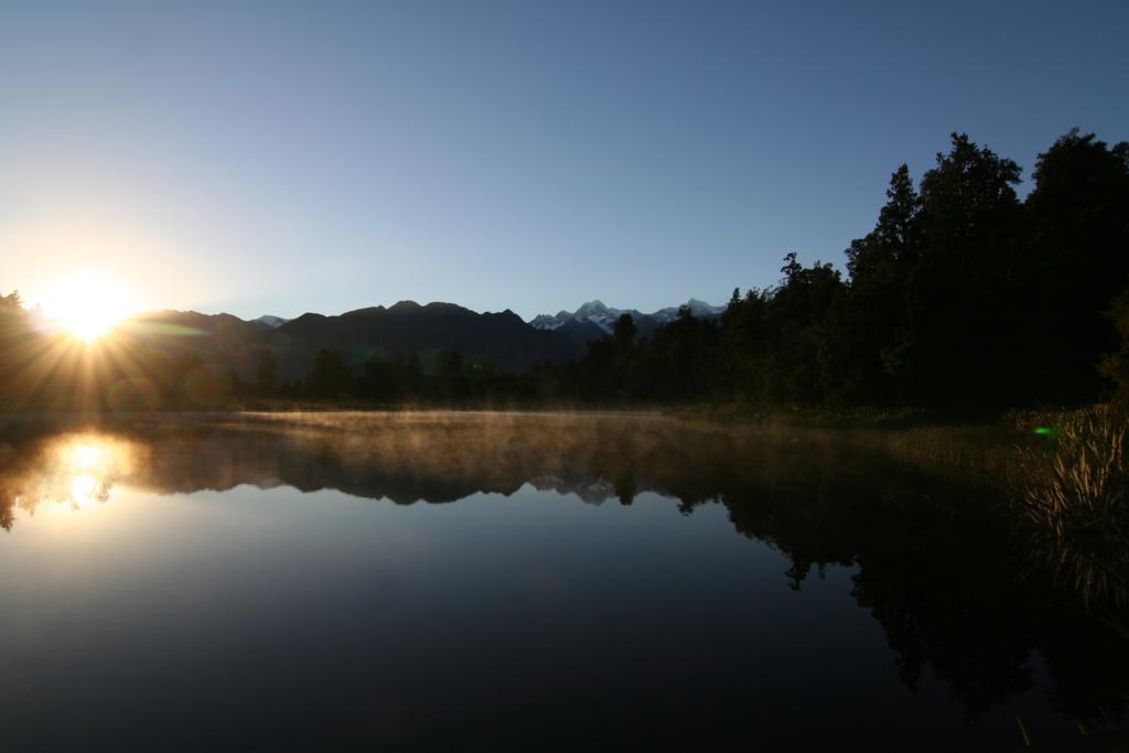 Lake Matheson - im Hintergrund Mount Cook (Neuseeland)