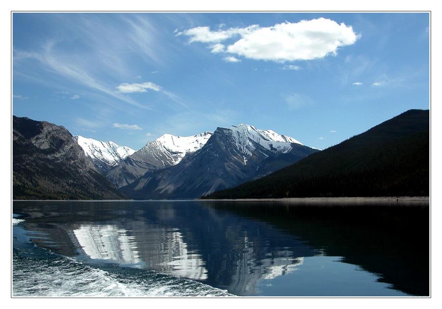 Lake Minnewanka (reload)