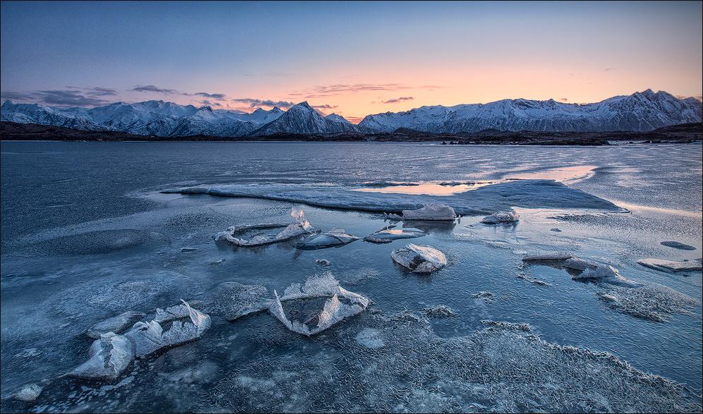 [ _lake of ice // Storvassbotnen, Lofoten]