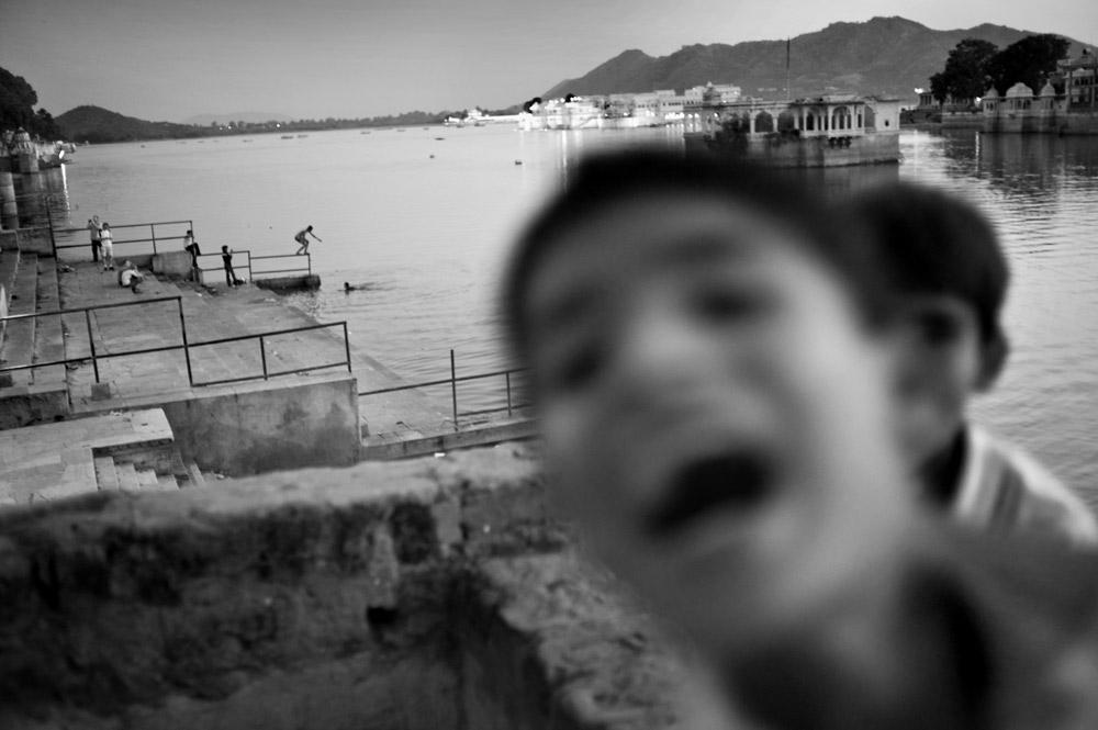 lake pichola, children