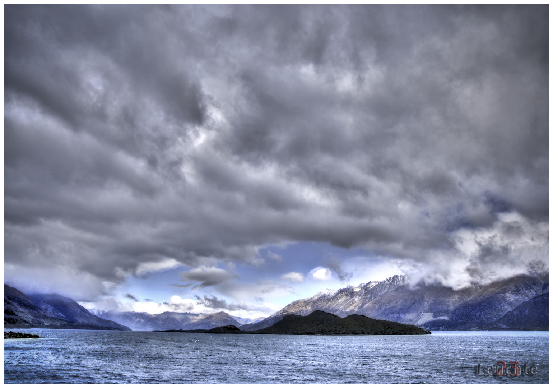 lake Wakatipu 10/09 NZ