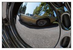Lamborghini Miura Spiegelung