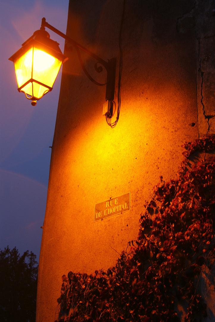 lampadaire de semur en Auxois!!