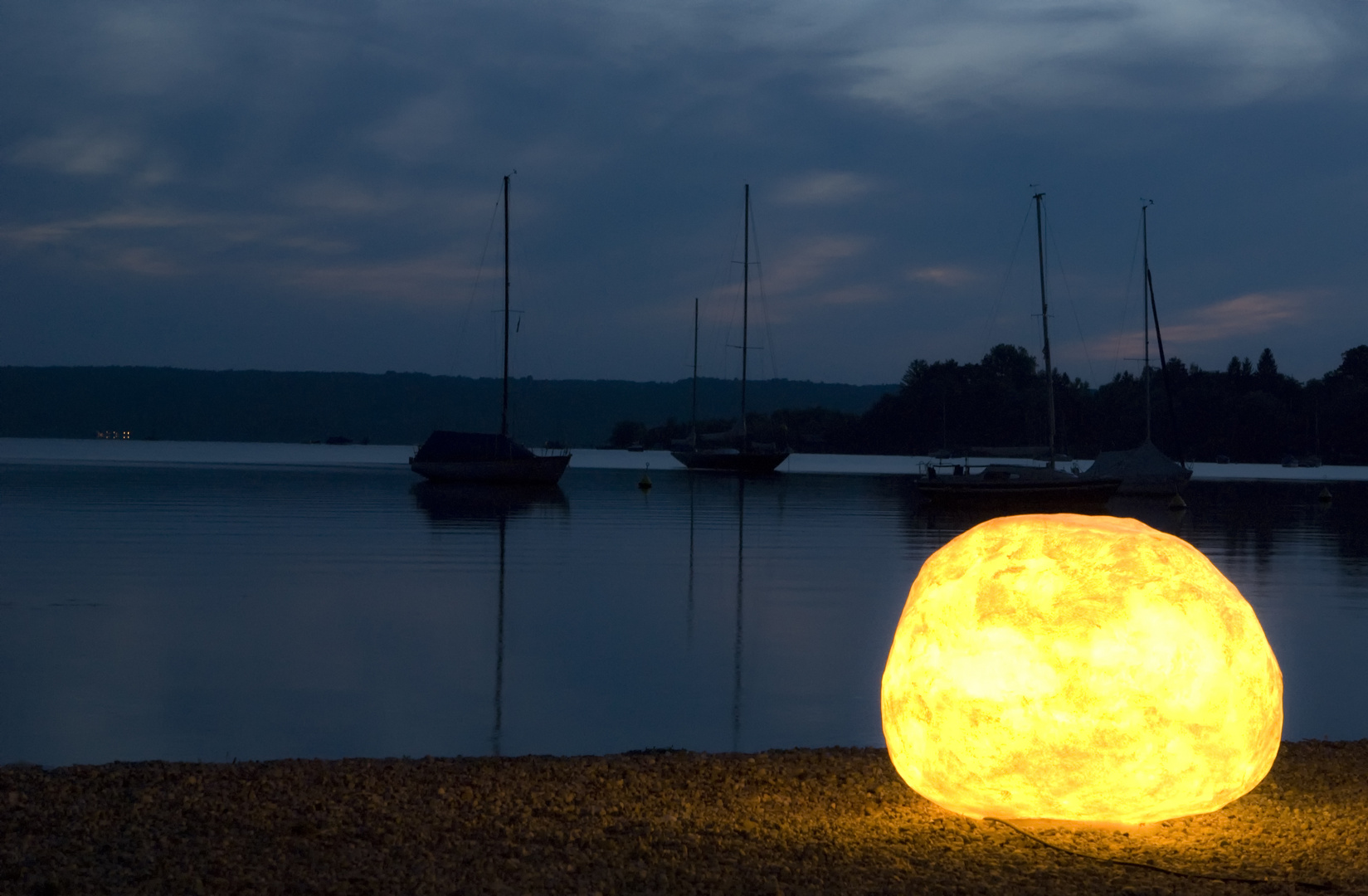 Lampe am See
