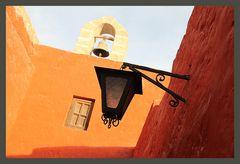 Lampe und Glocke ... in Peru