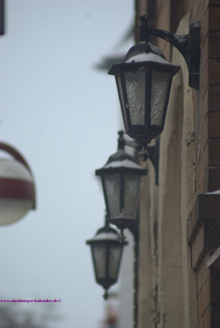 Lampen am ehemaligen Kino