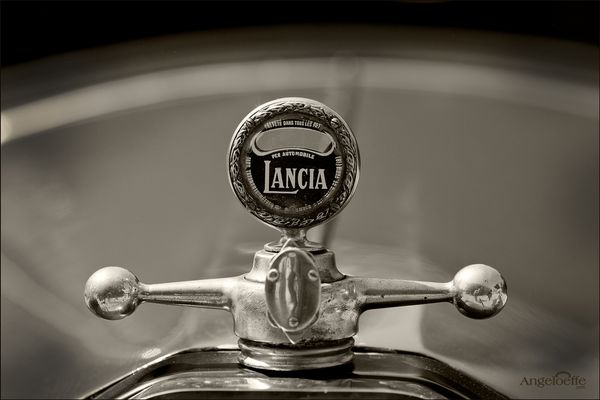 Lancia Lambda Torpedo ..
