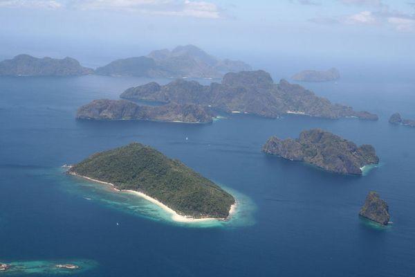 Landeanflug El Nido (Palawan)