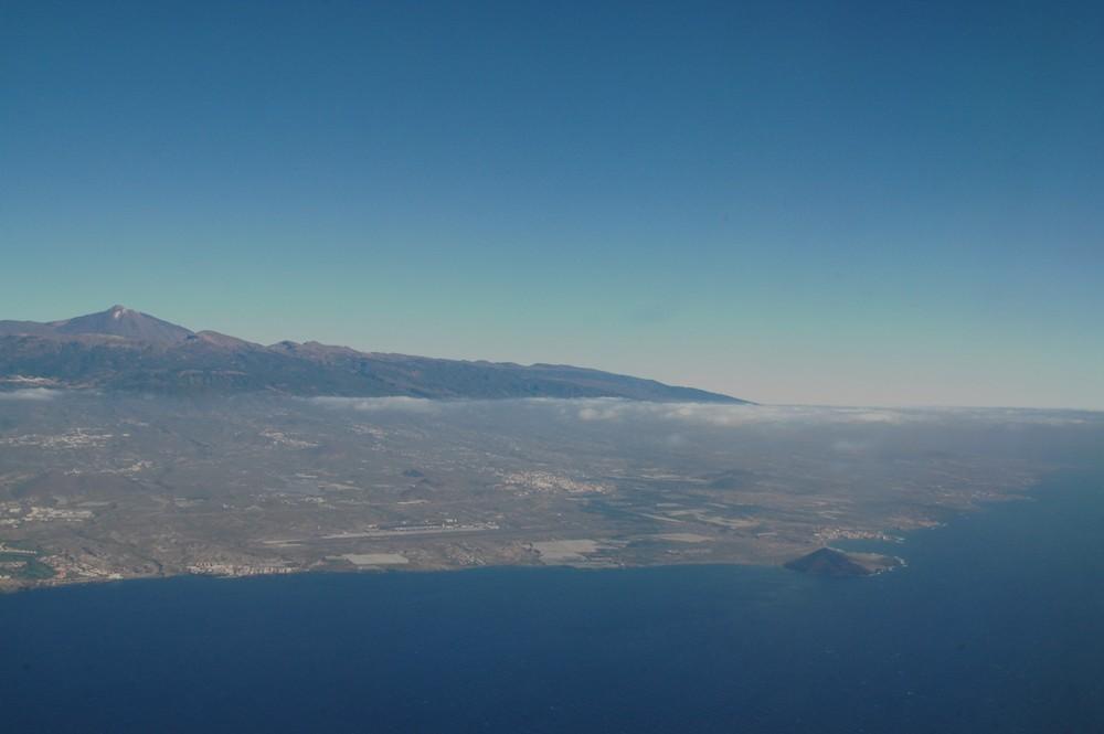 Landing on Tenerife - Anflug auf Teneriffa