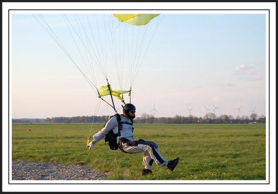 ...landing2...