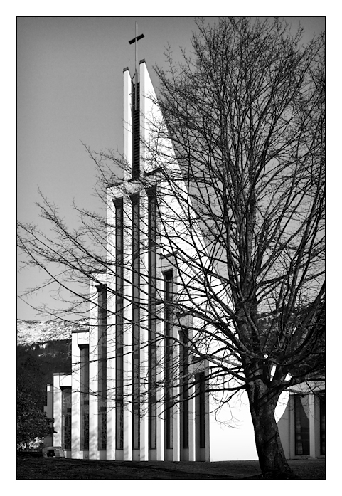 Landås kirke
