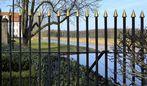Landschaft hinter Gitter