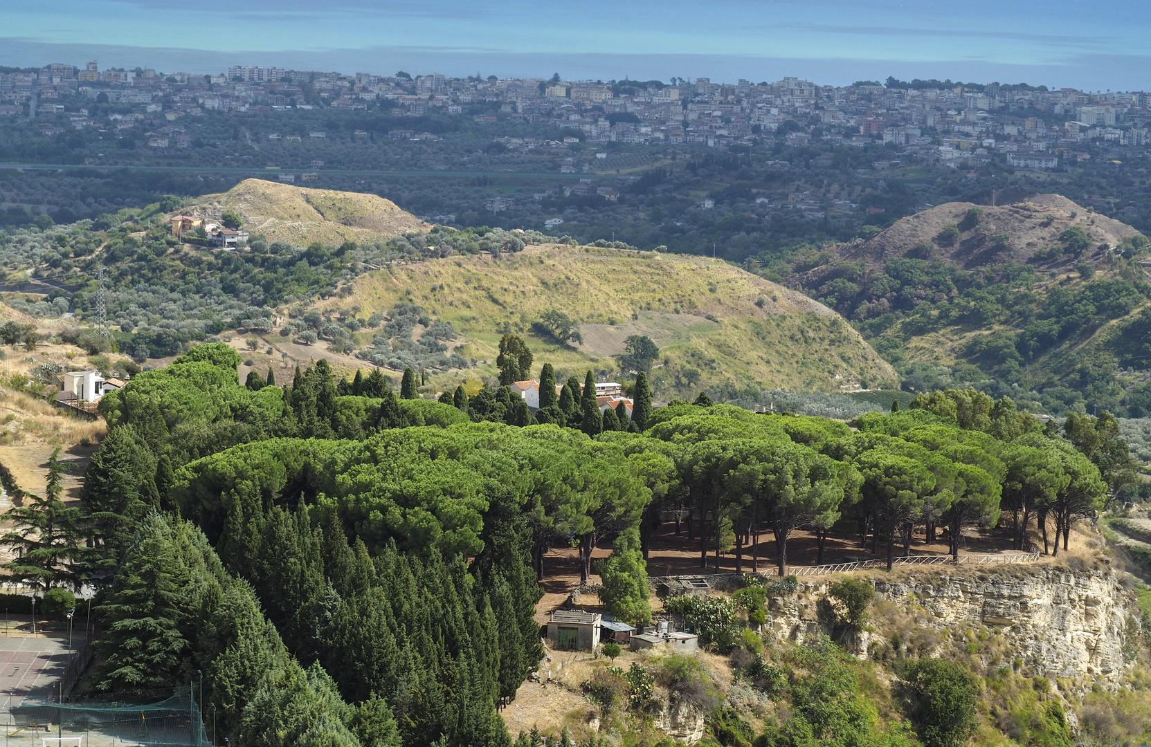 Landschaft in Umgebung von Cerace im Osten von Calabrien