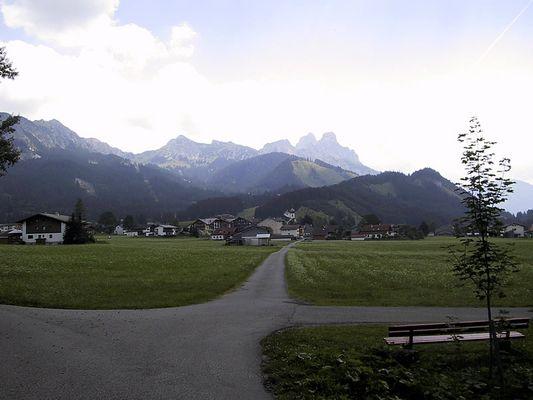 Landschaft mit Häuser