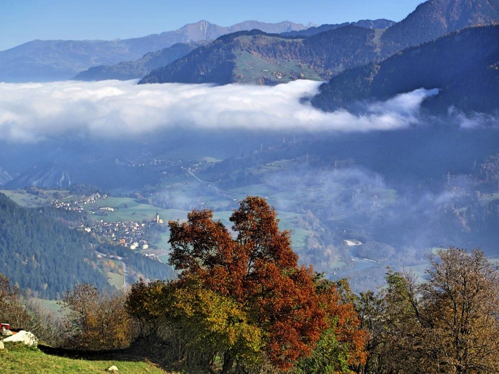 Landschaft mit Wolkendecke