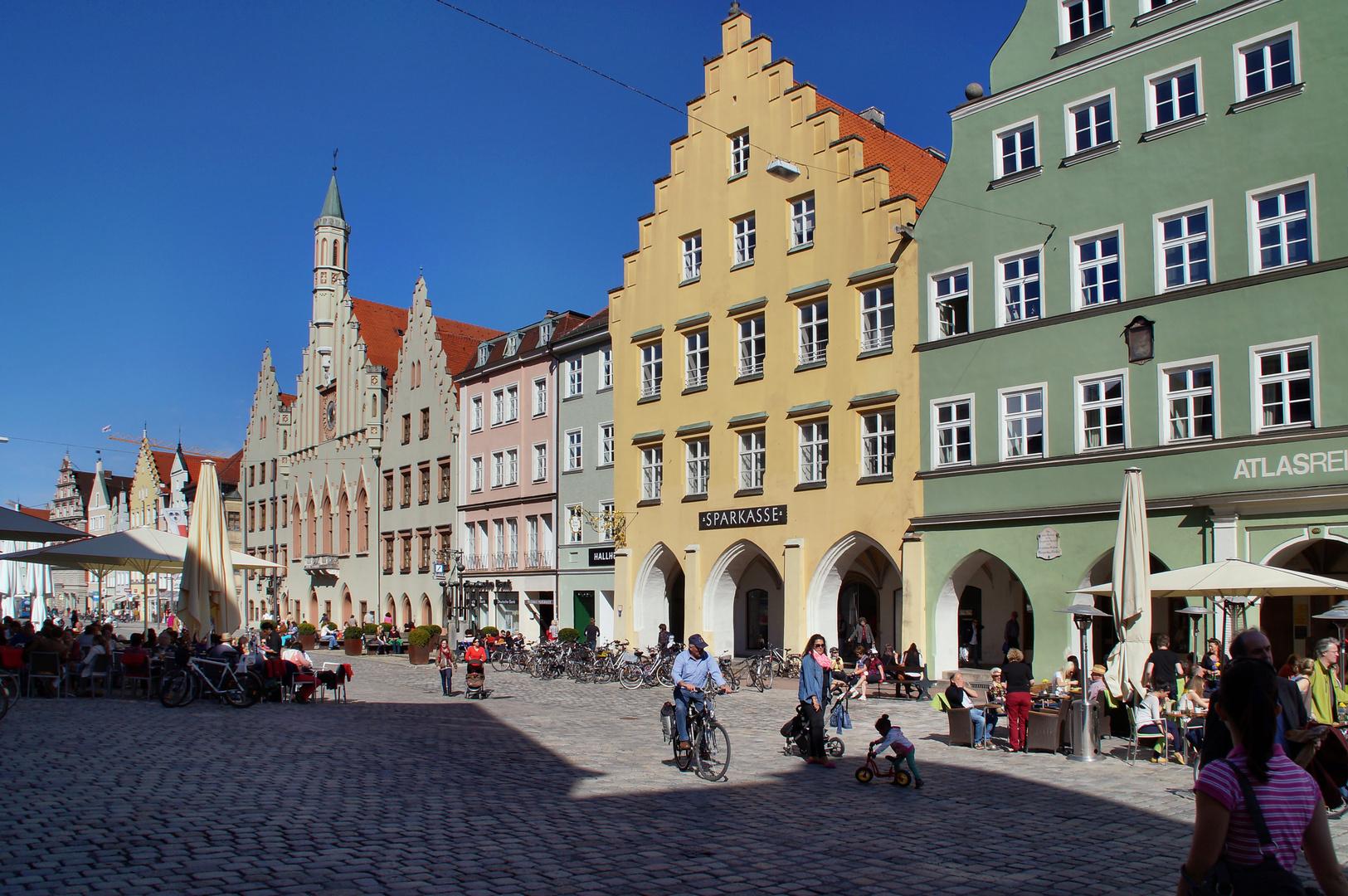 Landshut Altstadt im Frühling