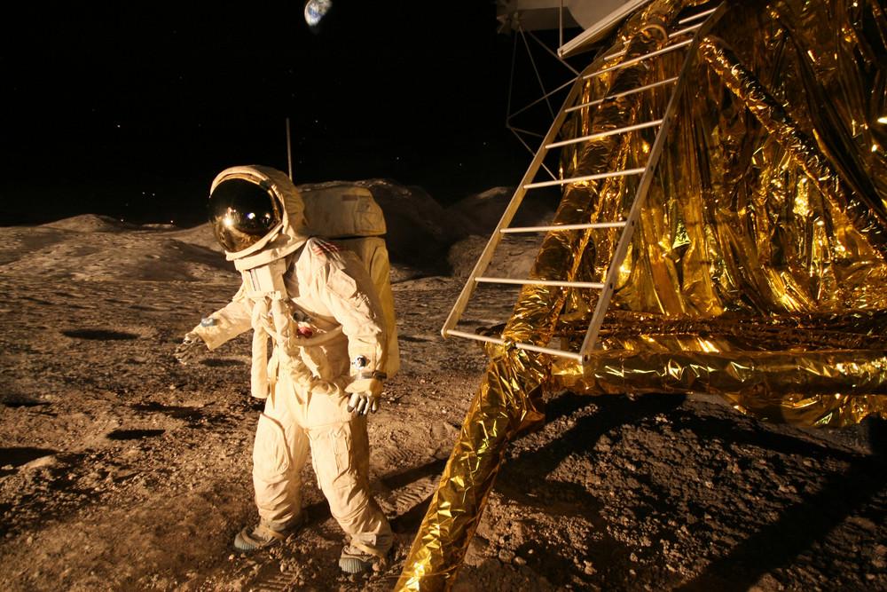 Landung am Mond