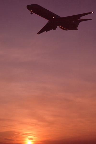 Landung bei Sonnenuntergang