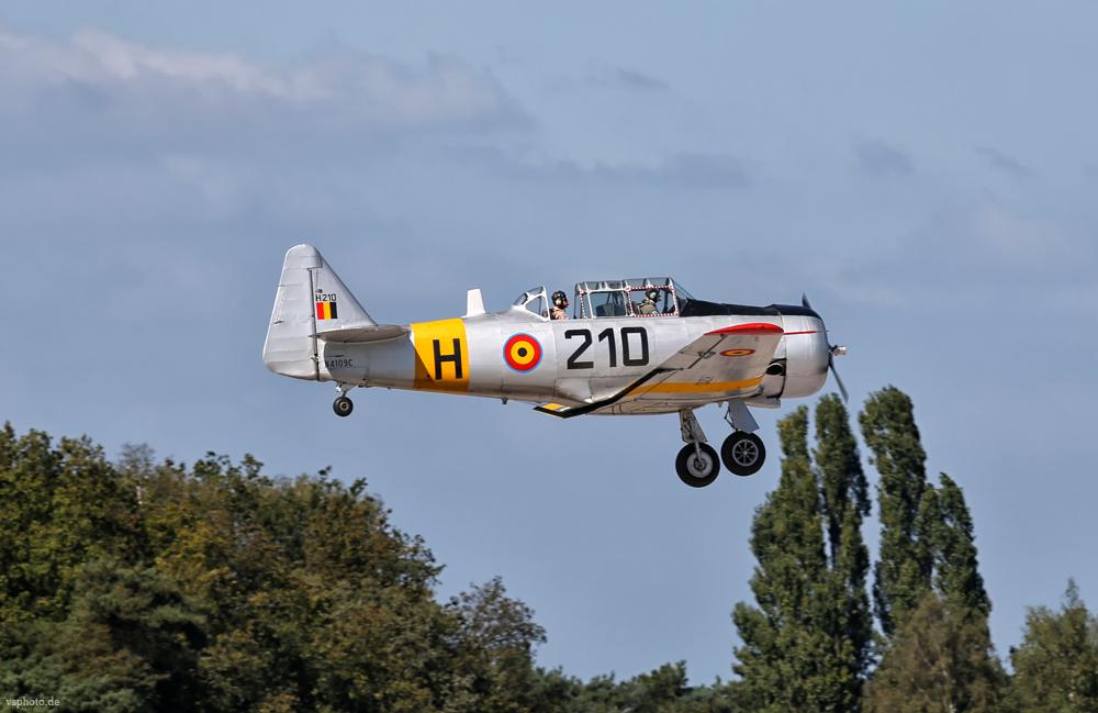 Landung einer T6