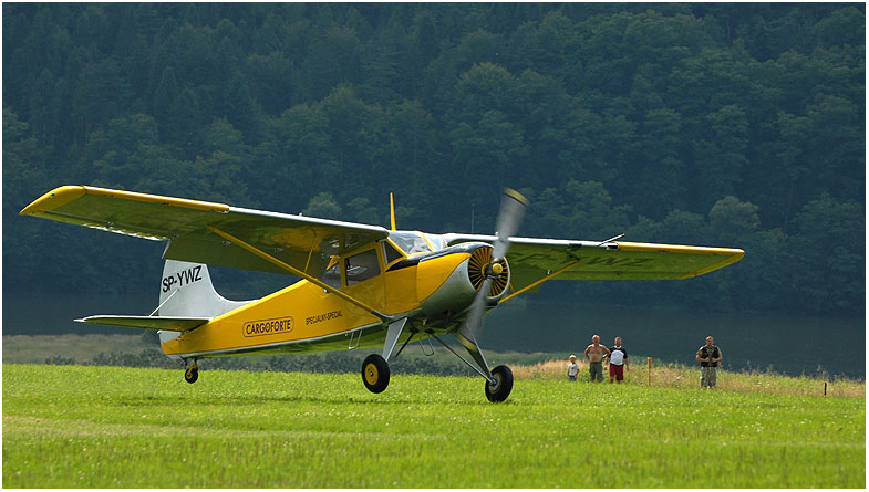 Landung ...Yak 12
