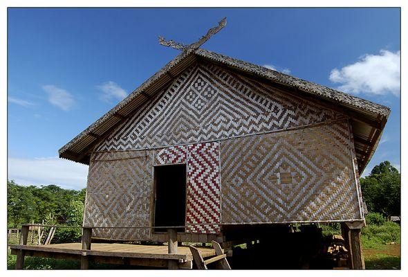 Langhaus der Kreung - Ratanakiri, Kambodscha