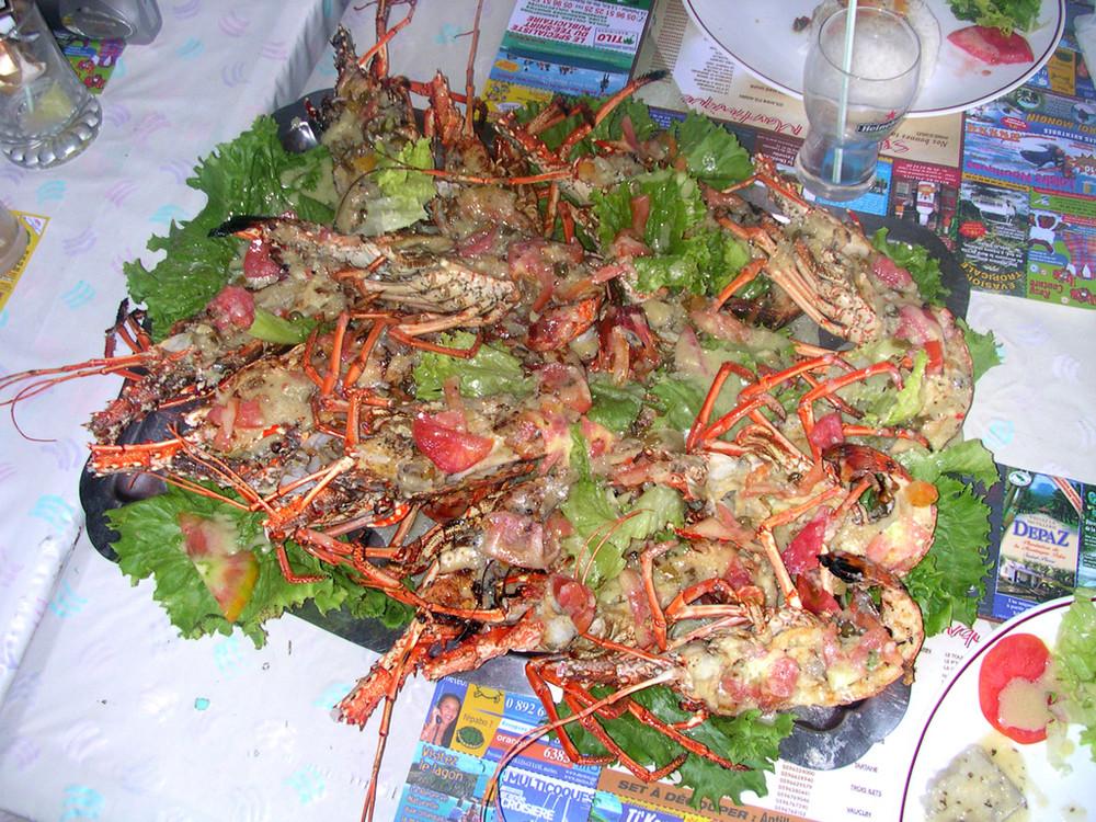 Langoustes grillées à Petite Anse (Martinique)