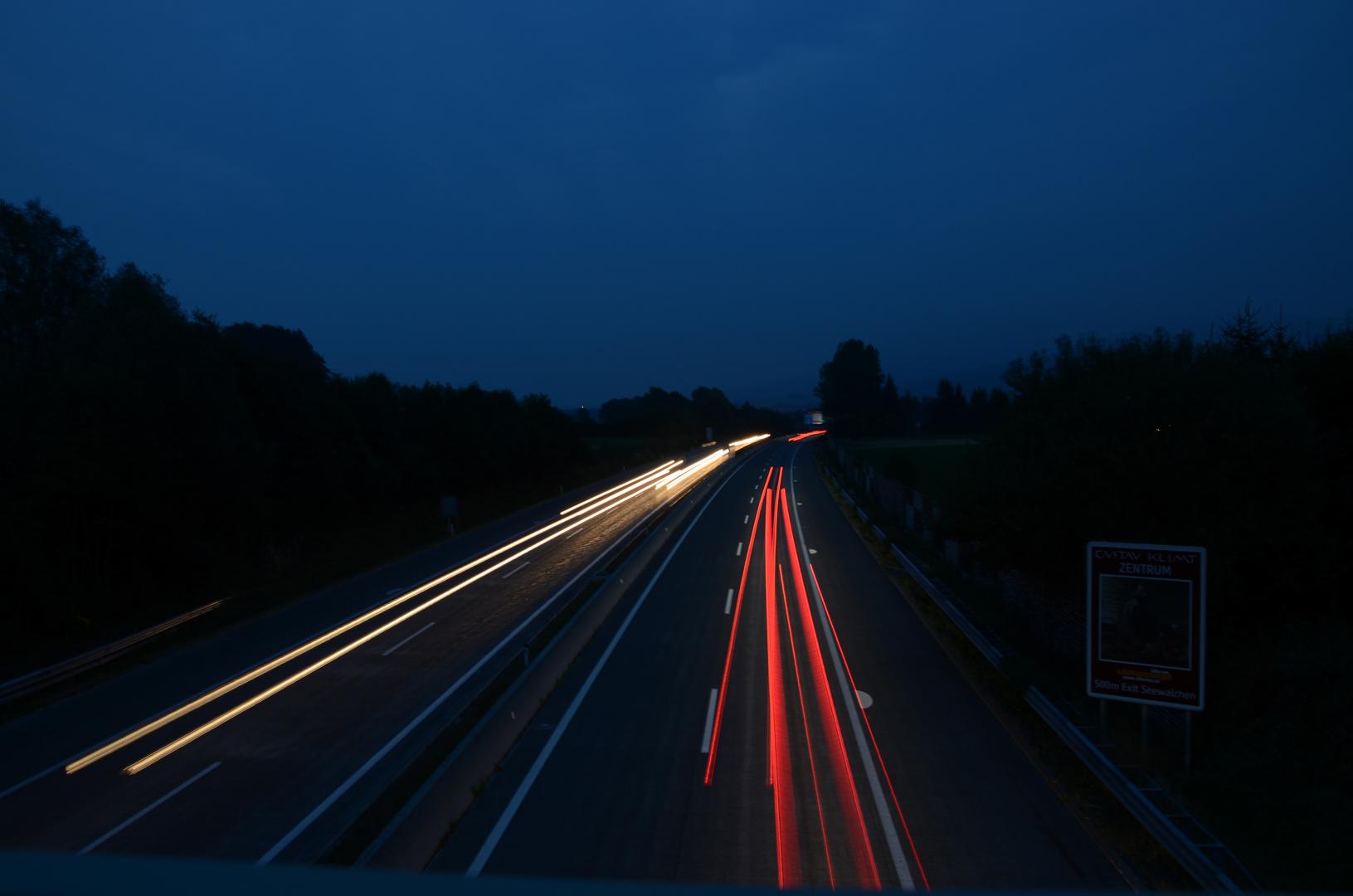 Langzeitbelichtung (Autobahn)