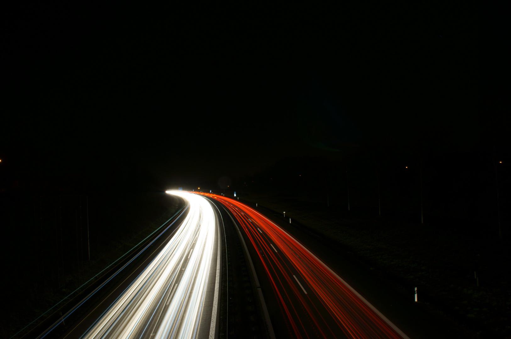 Langzeitbelichtung Autobahn