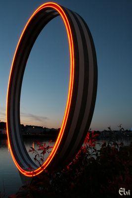 L'anneau rouge