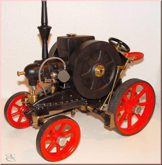 Lanz-Traktor - Agrarmaschine - Modelltraktor - Gasmotor