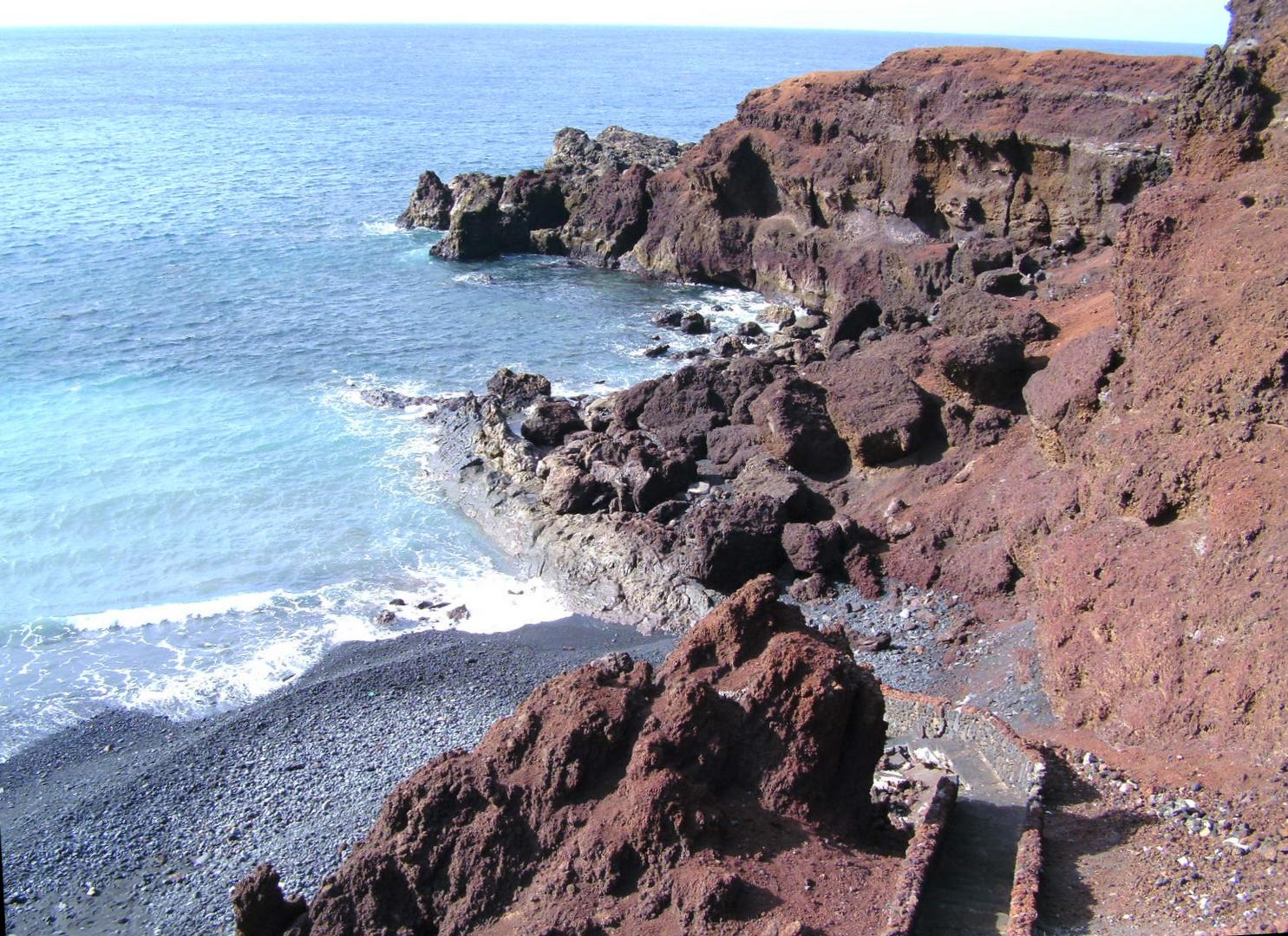 Lanzarote - Vulkanlandschaft - Meer