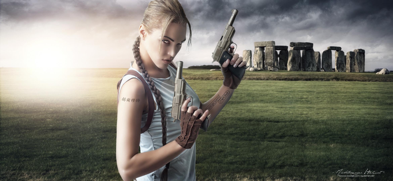 Lara in Stonehenge
