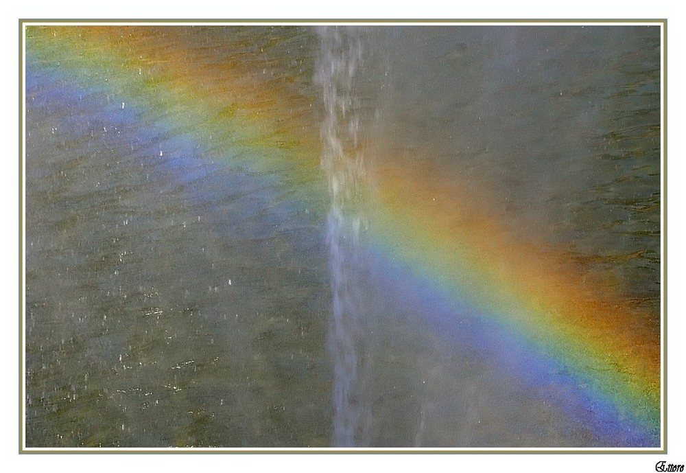 L'arcobaleno della fontana