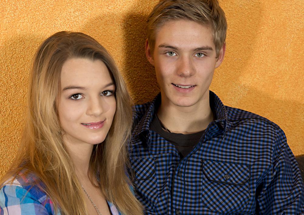 Larissa mit Bruder Severin