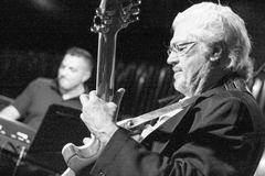 Larry Coryell Gitarre Ap14 Stgt +Text Aktuell