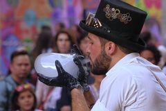 L'artista delle Bolle di sapone - Soap bubbles' Artist