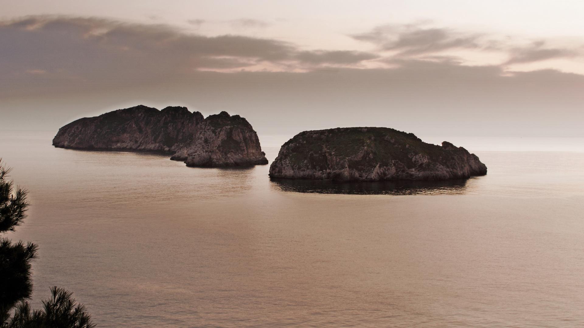 """Las """"illes Malgrats"""" en la costa de poniente de Mallorca"""