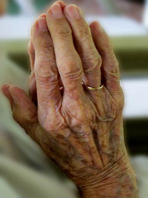 ''Las manos que oran'' Para el Proyecto Manos de Koldo