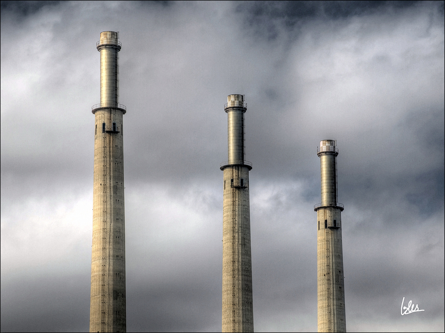Las míticas tres chimeneas de Sant Adrià del Besós