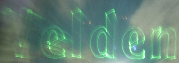 Laser auf Wasserleinwand