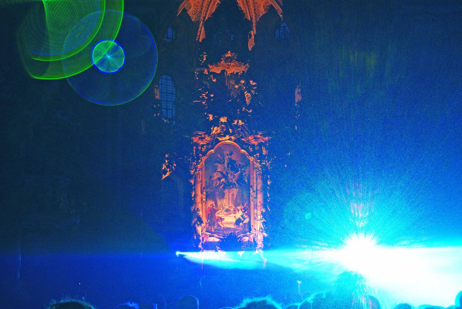 Laser in der Klosterkirche (1)