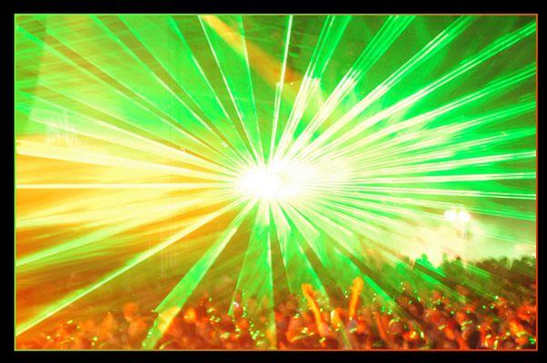 Laserbild beim DJ Tiesto 2006 in Wien