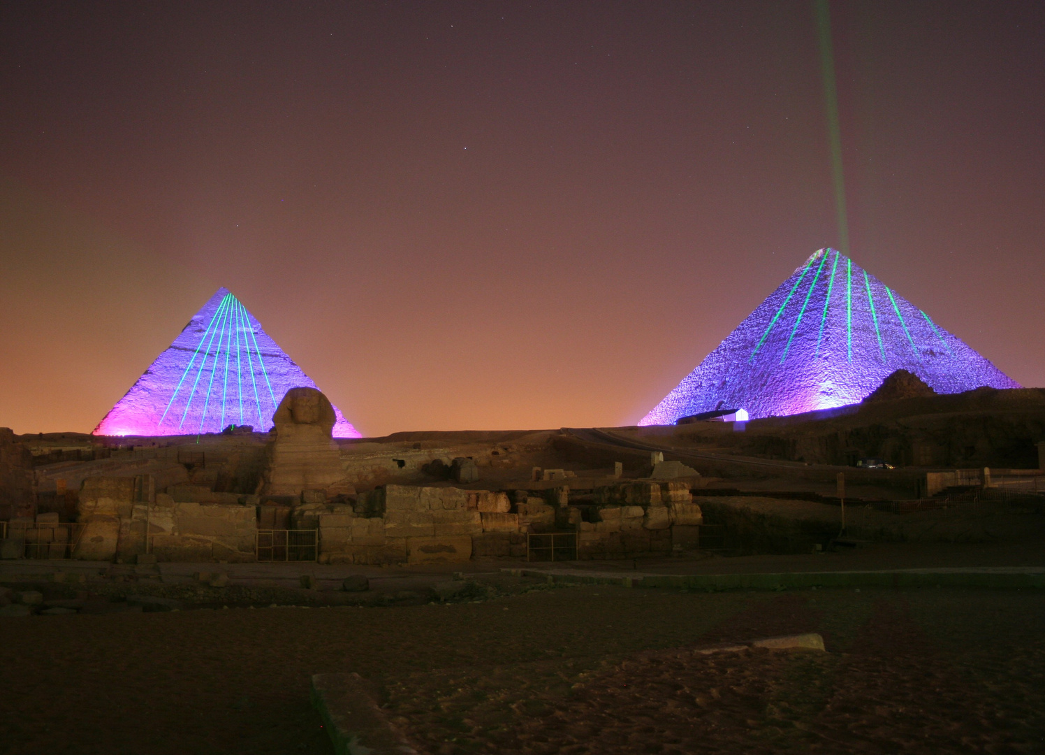 Lasershow Pyramiden