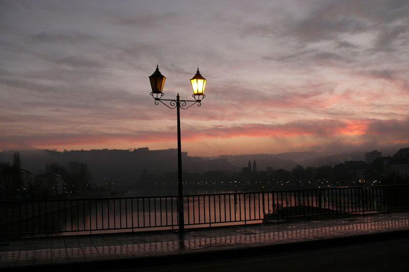 Laterne bei Morgendämmerung