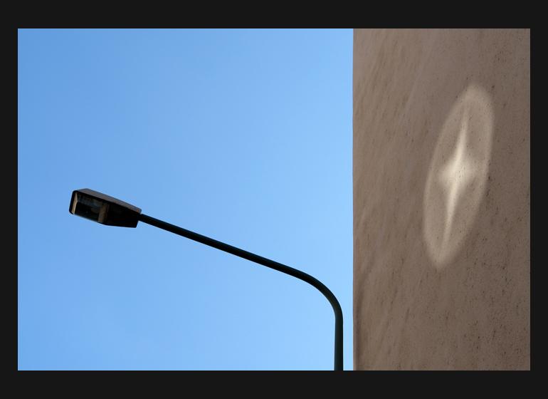 Laternenlicht auf Wanderschaft