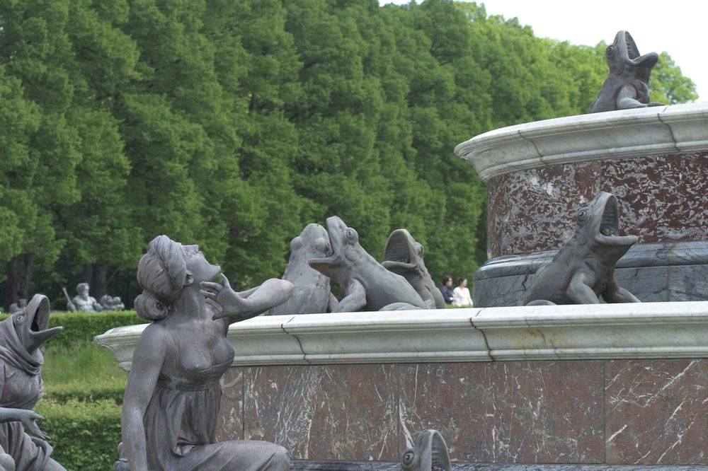 latona brunnen im schlosspark von herrenchiemsee foto bild deutschland europe bayern. Black Bedroom Furniture Sets. Home Design Ideas