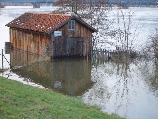Lauenburg Pegelstand 888 cm...