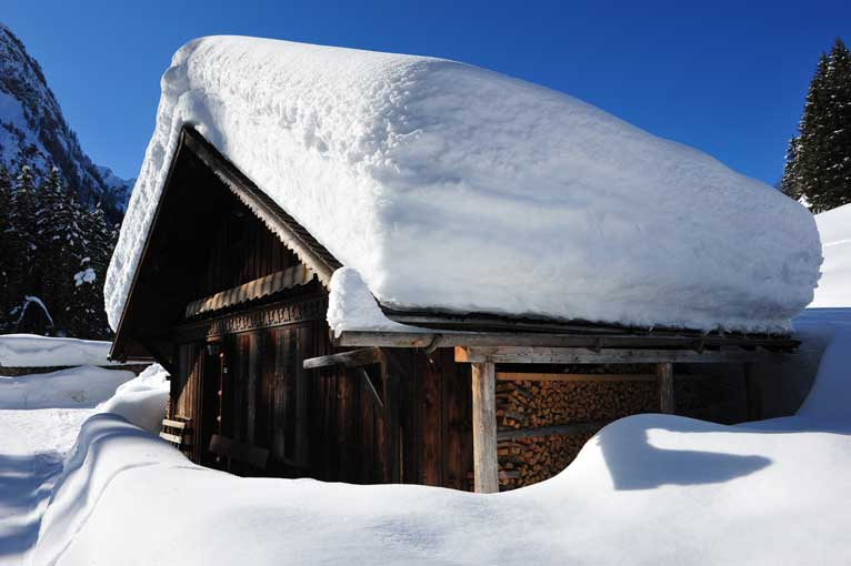 Lauenen Schneeimpressionen 1