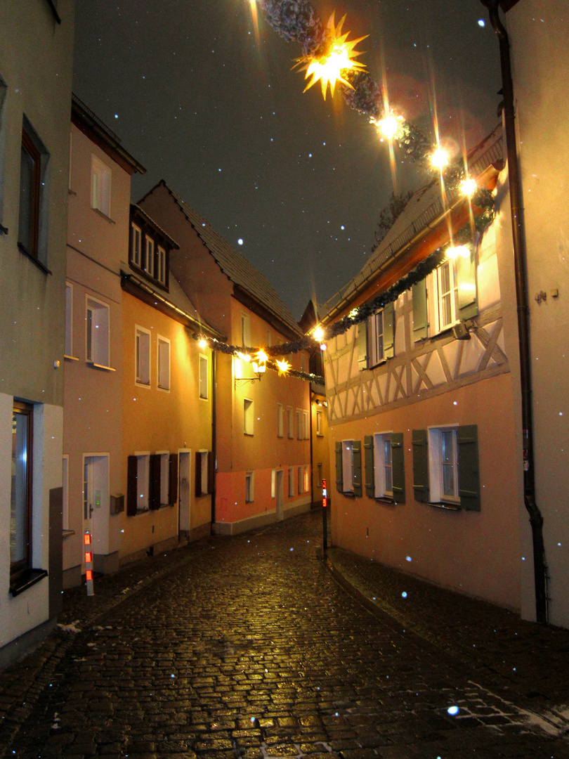 Lauf an der Pegnitz Gasse Weihnachten Schneefall Winter