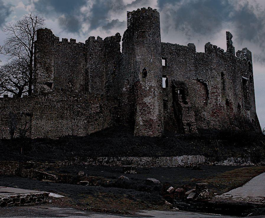 Laugharne Castle - Carmarthenshire -